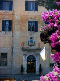 Palazzo Comunale Ingresso